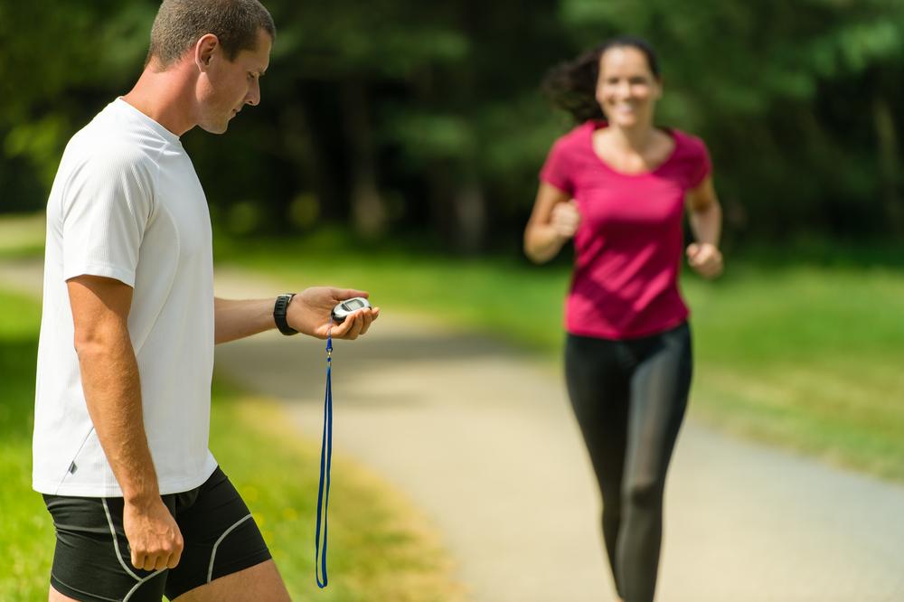 Как рассчитать скорость бега на любой дистанции
