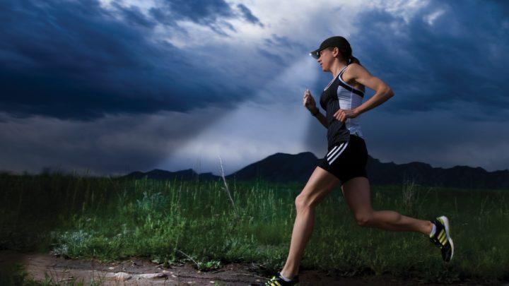 11 полезных вещей с Алиэкспресс для безопасного бега ночью